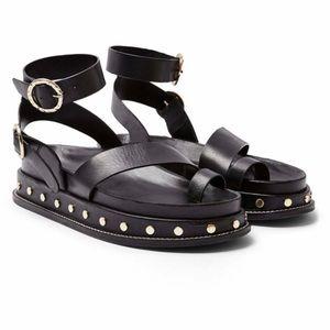 NEW Topshop Fawn Studded Platform Sandals